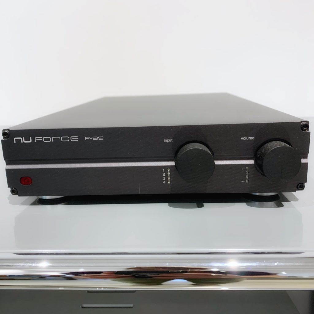 Préamplificateur NuForce P8S black